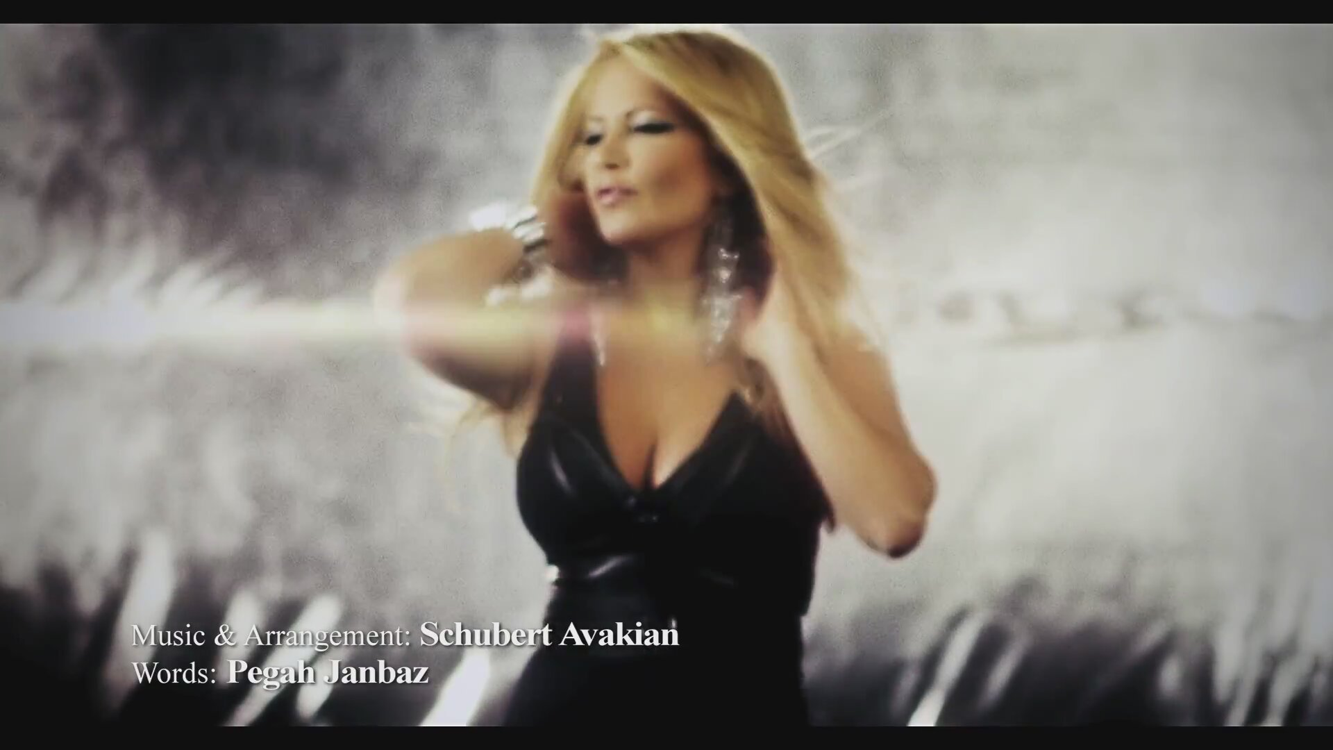 The gallery for --> Sepideh Dastaye To