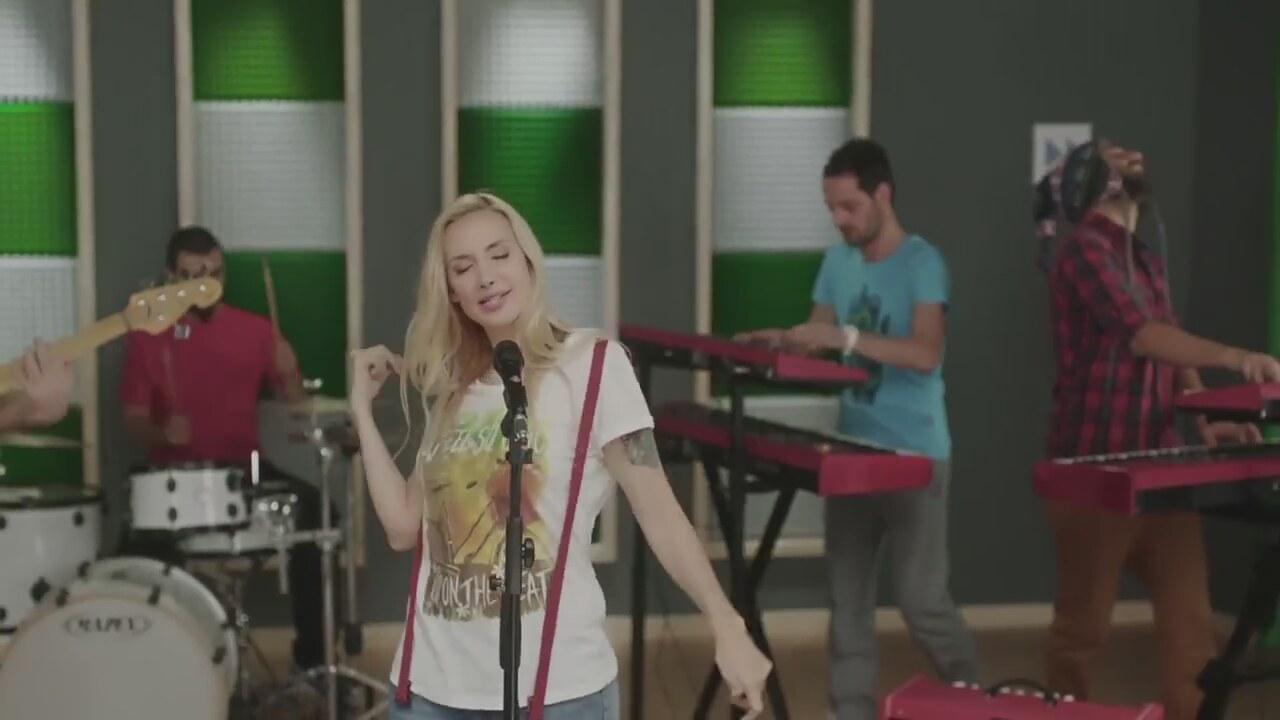 Gökçe - Yeni Bir Hayata (Violetta Müzik Video)