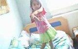 küçük nisanın dansı:)