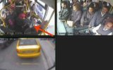 Taksi şoförü, otobüs şoförünün kulağını kopardı!