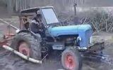 Zeki Adam Traktörü Böyle Kurtardı