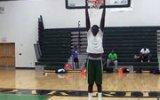 2.28 Metre Boyundaki Liseli Basketbolcu