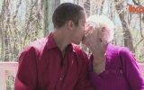 91 Yaşındaki Sevgilisini Annesiyle Tanıştırdı