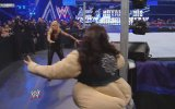 SmackDown: Michelle McCool vs. Mickie James - WWE Women's