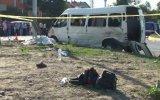 İşçi servisiyle otomobil çarpıştı: 1 ölü, 12 yaralı - BARTIN