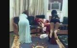 Suudi Kızlar Twerk Yaparsa...