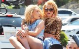 Britney Spears & Iggy Azalea – Pretty Girls (2015 Yepyeni)