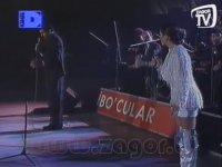İbrahim Tatlıses'in Hülya Avşar'ı Ellemesi (Mega Show - 1994)