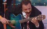 Ferdi Tayfur Gitar Gösterisi  Beyaz Show 2005