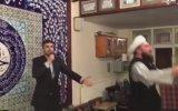 Bal Dudak'tan, Al Yanaktan