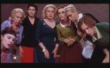 Huit Femmes - 8 Women
